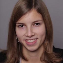 Nina Neuert Silversky Junior Consultant
